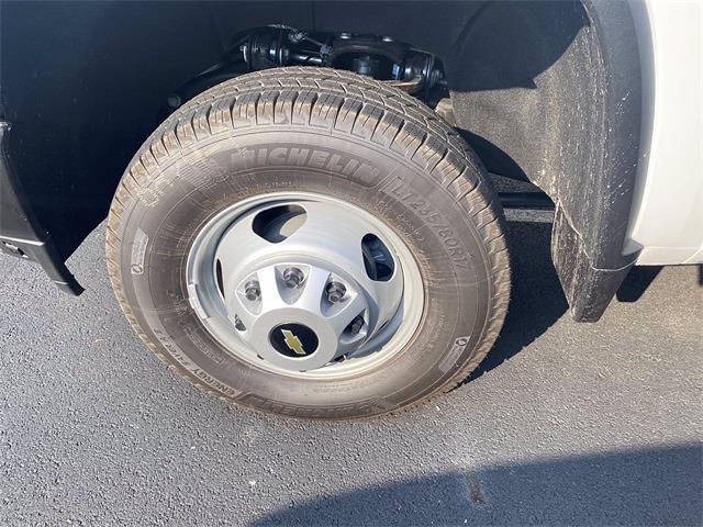 2021 Silverado 3500 Regular Cab 4x4,  Concrete Body #5690523 - photo 5