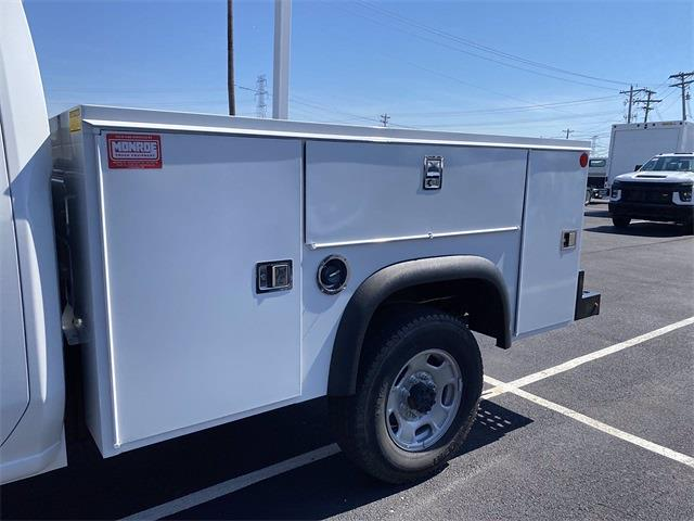 2021 Chevrolet Silverado 2500 Double Cab 4x4, Monroe MSS II Service Body #5690605 - photo 6