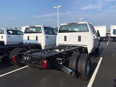 2021 Silverado 3500 Crew Cab 4x4,  Cab Chassis #5690669 - photo 2