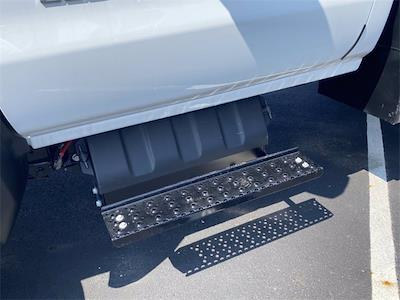 2020 Silverado 5500 Regular Cab DRW 4x4,  Crysteel E-Tipper Dump Body #5690681 - photo 7