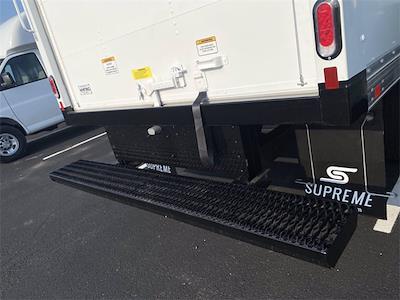 2021 Express 3500 4x2,  Supreme Cutaway Van #5690696 - photo 4