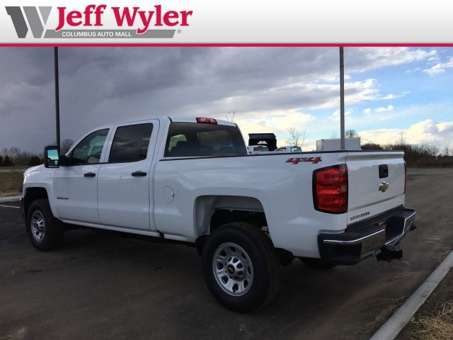 2019 Silverado 2500 Crew Cab 4x4,  Pickup #569083 - photo 2