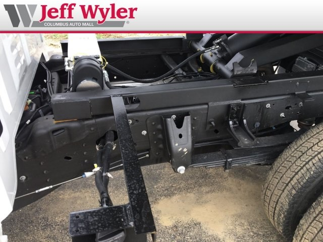 2019 Silverado 3500 Regular Cab DRW 4x4,  Crysteel Dump Body #569098 - photo 6