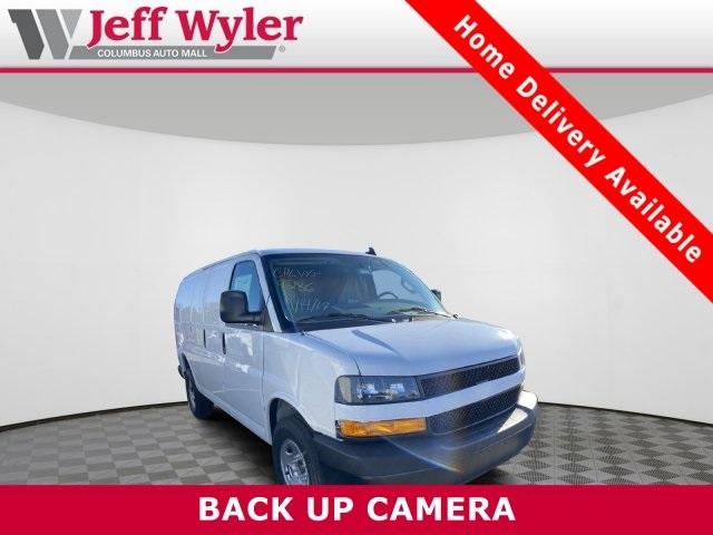 2020 Chevrolet Express 2500 4x2, Empty Cargo Van #569571 - photo 1