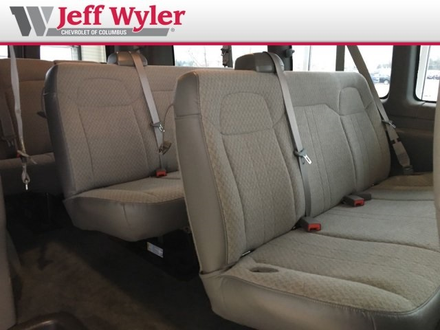 2014 Savana 2500 4x2,  Passenger Wagon #56T5156 - photo 18