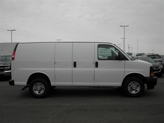 2017 Express 3500, Cargo Van #S90574 - photo 5