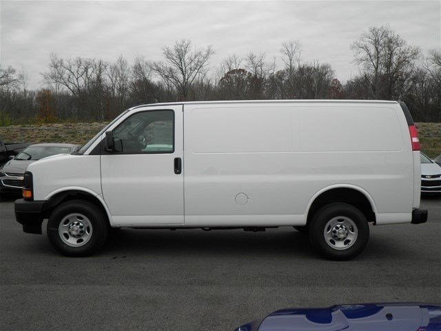 2017 Express 3500 Cargo Van #S90585 - photo 9