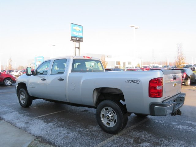 2013 Silverado 2500 Crew Cab 4x4 Pickup #S90588A - photo 2