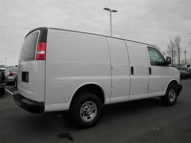 2017 Express 3500 Cargo Van #S90590 - photo 7