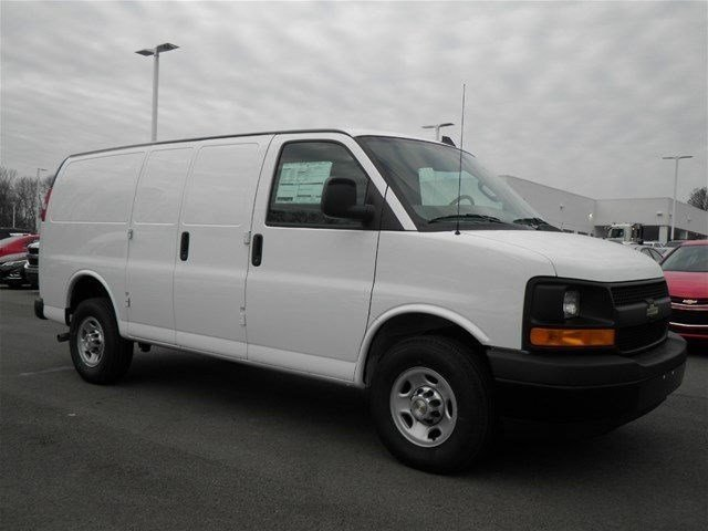 2017 Express 3500 Cargo Van #S90591 - photo 5