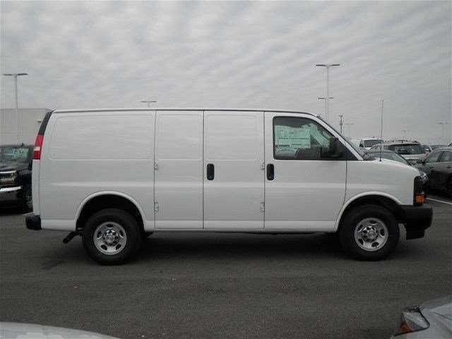 2017 Express 3500 Cargo Van #S90591 - photo 6