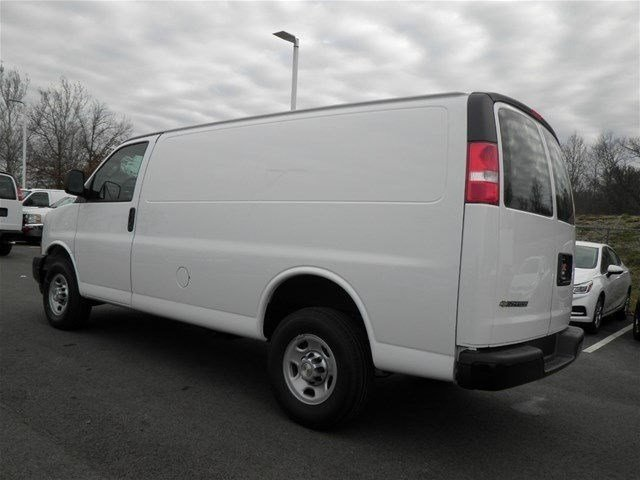 2017 Express 3500 Cargo Van #S90591 - photo 3