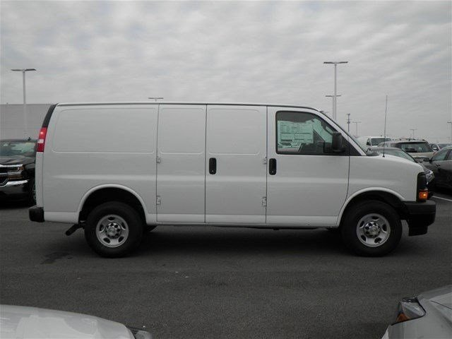 2017 Express 3500 Cargo Van #S90593 - photo 6
