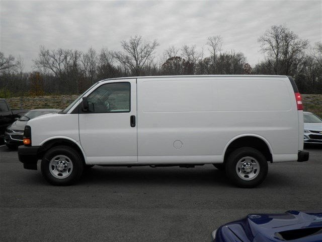 2017 Express 3500 Cargo Van #S90593 - photo 9