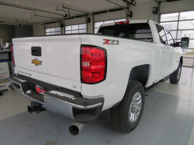 2018 Silverado 2500 Crew Cab 4x4 Pickup #S90598 - photo 2