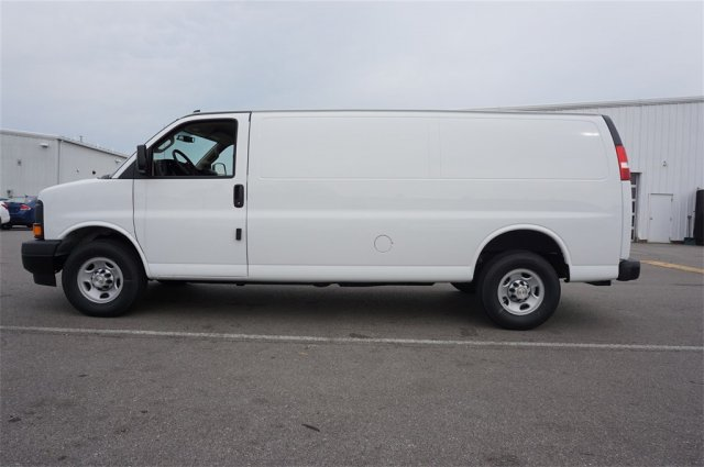 2017 Express 2500, Cargo Van #S90602 - photo 4