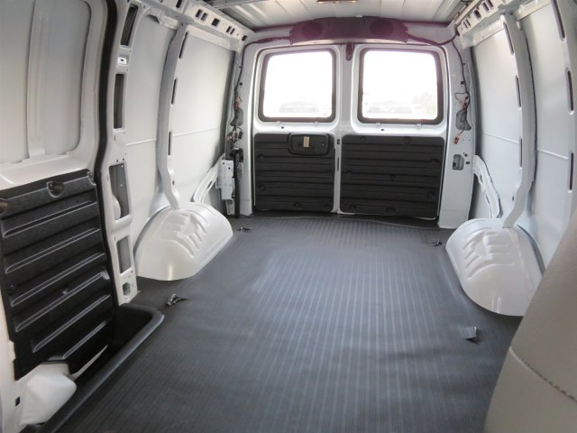 2018 Express 2500 Cargo Van #S90614 - photo 2