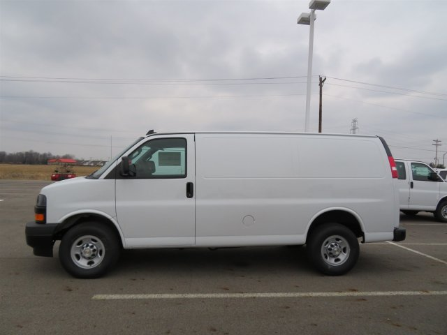 2018 Express 2500 Cargo Van #S90624 - photo 4