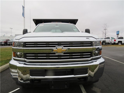 2018 Silverado 3500 Crew Cab DRW 4x4, Dump Body #S90699 - photo 3