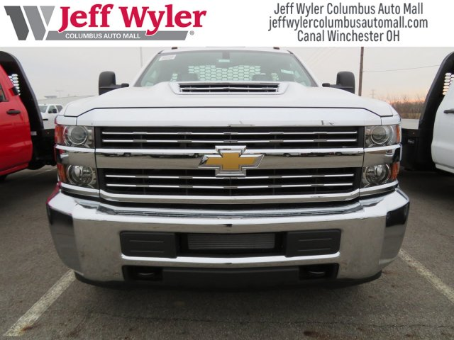 2018 Silverado 3500 Regular Cab DRW 4x4, Knapheide Platform Body #S90733 - photo 3
