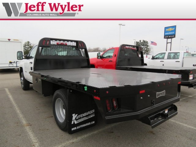 2018 Silverado 3500 Regular Cab DRW 4x4,  Knapheide PGNB Gooseneck Platform Body #S90733 - photo 2