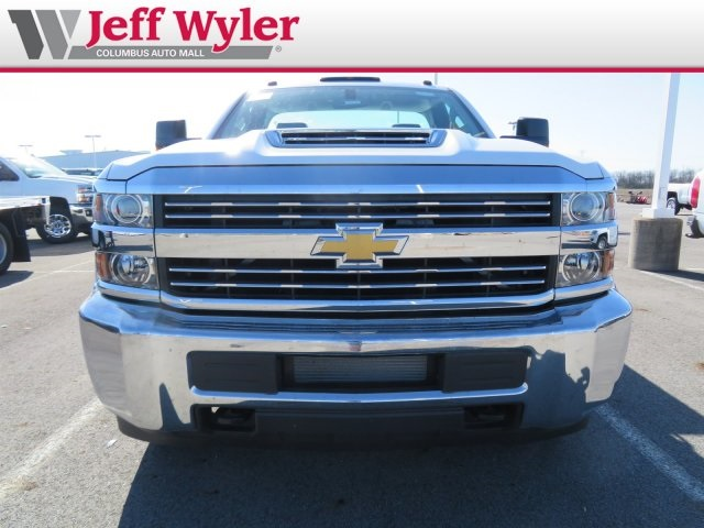 2018 Silverado 3500 Regular Cab DRW 4x2,  Reading Service Body #S90783 - photo 3