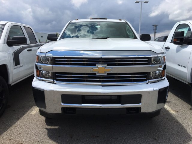 2018 Silverado 2500 Double Cab 4x4, Cab Chassis #S90821 - photo 3