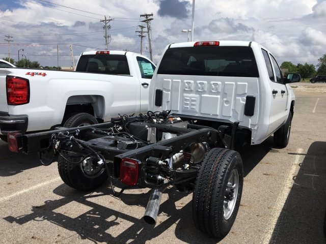 2018 Silverado 2500 Double Cab 4x4, Cab Chassis #S90821 - photo 2
