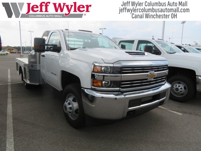 2018 Silverado 3500 Regular Cab DRW 4x4,  Hillsboro Platform Body #S90854 - photo 4