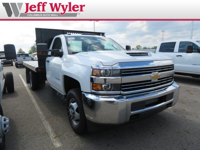 2018 Silverado 3500 Regular Cab DRW 4x4,  Reading Platform Body #S90860 - photo 4