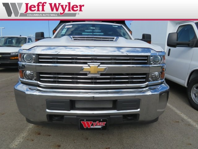 2018 Silverado 3500 Regular Cab DRW 4x4,  Monroe Dump Body #S90862 - photo 3