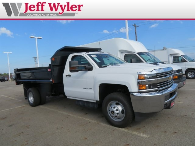 2018 Silverado 3500 Regular Cab DRW 4x4,  Monroe MTE-Zee Dump Body #S90862 - photo 4