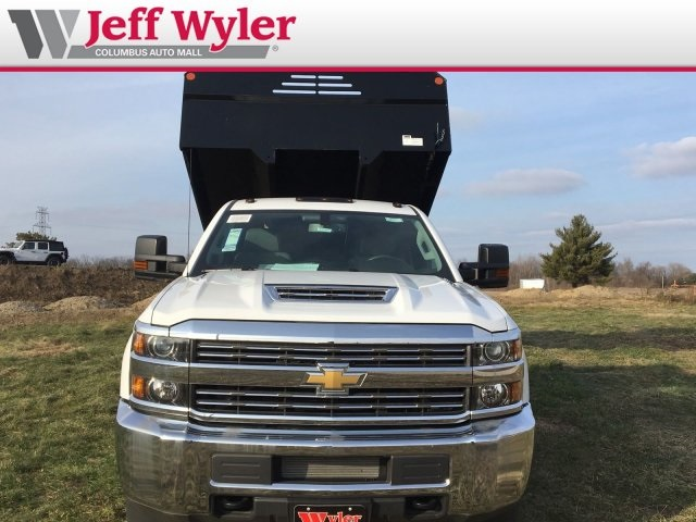2018 Silverado 3500 Regular Cab DRW 4x4,  Monroe Dump Body #S90863 - photo 3