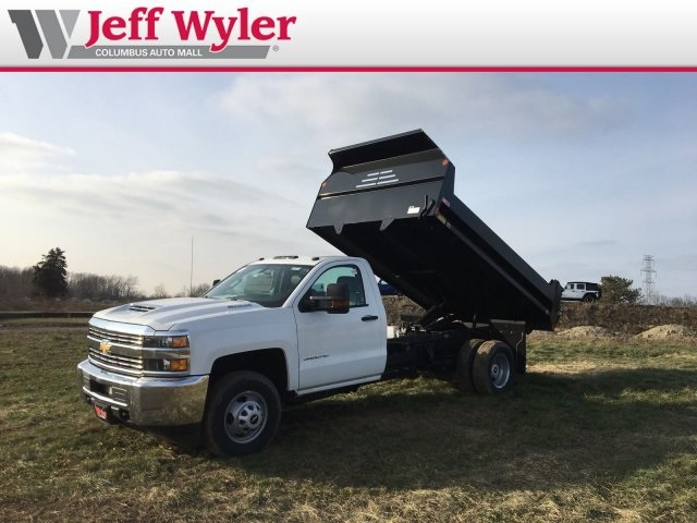 2018 Silverado 3500 Regular Cab DRW 4x4,  Monroe Dump Body #S90863 - photo 4