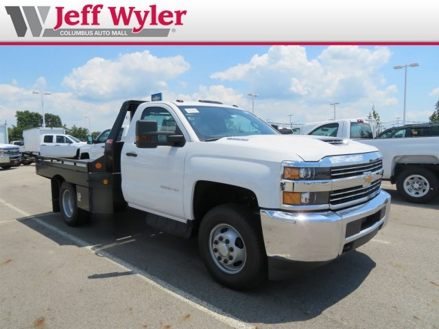 2018 Silverado 3500 Regular Cab DRW 4x4,  Hillsboro Platform Body #S90865 - photo 4