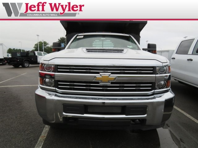 2018 Silverado 3500 Regular Cab DRW 4x2,  Crysteel Dump Body #S90936 - photo 4