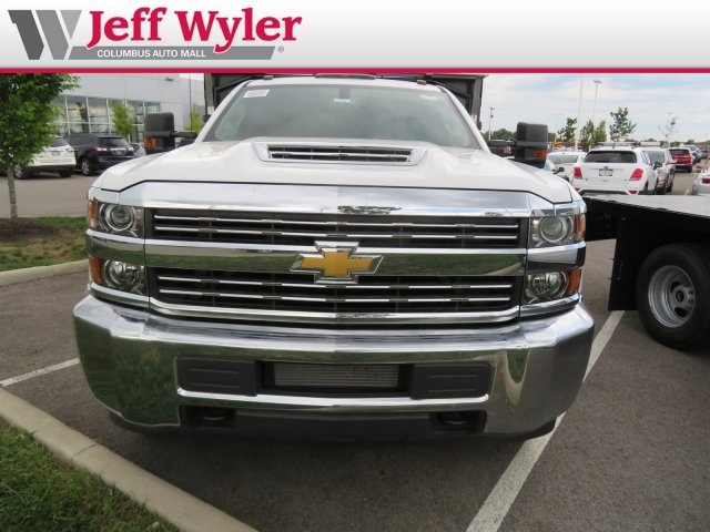 2018 Silverado 3500 Regular Cab DRW 4x4,  Monroe Landscape Dump #S90955 - photo 3