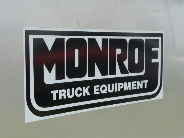 2016 F-550 Regular Cab DRW 4x4, Monroe Dump Body #6FT070 - photo 19