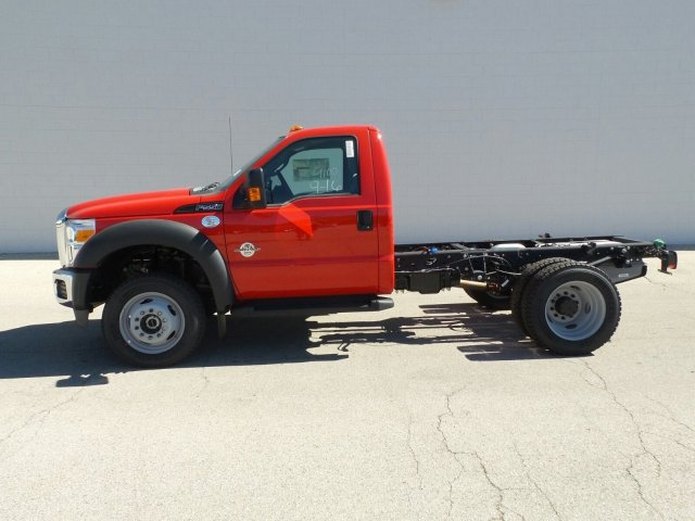 2016 F-550 Regular Cab DRW 4x4, Cab Chassis #6FT075 - photo 4