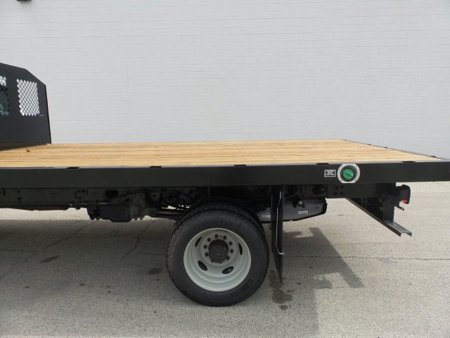 2016 F-450 Regular Cab DRW, Monroe Platform Body #6FT097 - photo 5