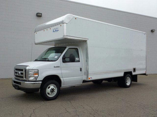 2018 E-450 4x2,  Bay Bridge Classic Cutaway Van #8EC006 - photo 1