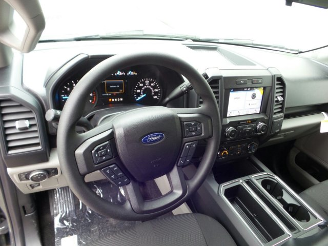 2018 F-150 Crew Cab 4x4 Pickup #8FP057 - photo 10