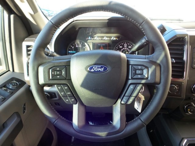 2018 F-150 Crew Cab 4x4, Pickup #8FP075 - photo 21