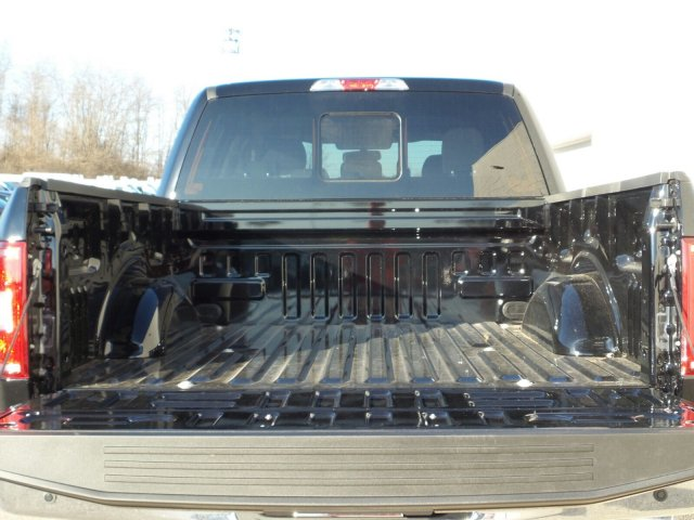 2018 F-150 SuperCrew Cab 4x4,  Pickup #8FP077 - photo 6