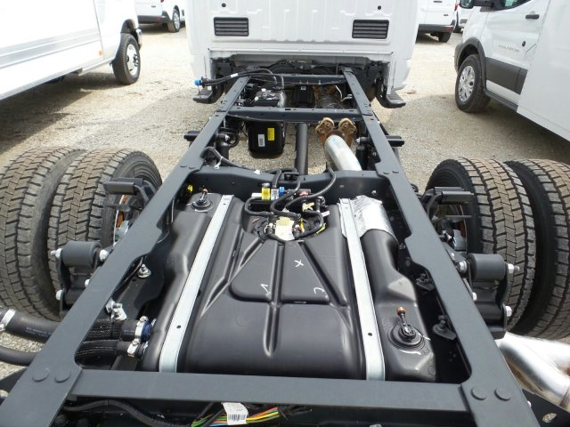 2018 F-550 Regular Cab DRW 4x4,  Cab Chassis #8FT029 - photo 23
