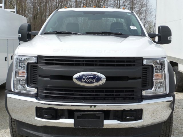 2018 F-550 Regular Cab DRW 4x4,  Cab Chassis #8FT029 - photo 5