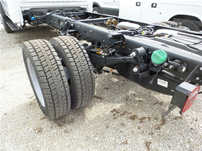 2018 F-550 Regular Cab DRW 4x4,  Cab Chassis #8FT029 - photo 24