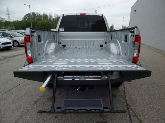 2018 F-250 Crew Cab 4x4,  Pickup #8FT032 - photo 21