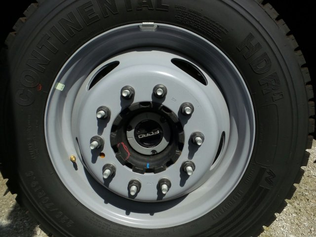 2018 F-550 Regular Cab DRW 4x4,  Cab Chassis #8FT056 - photo 11
