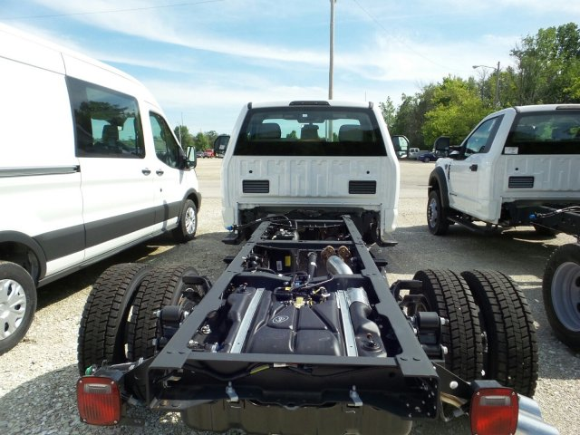 2018 F-550 Regular Cab DRW 4x4,  Cab Chassis #8FT056 - photo 12